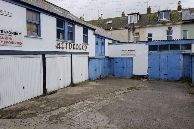 Commercial property to let in R/O Marine Terrace, Penzance, Cornwall