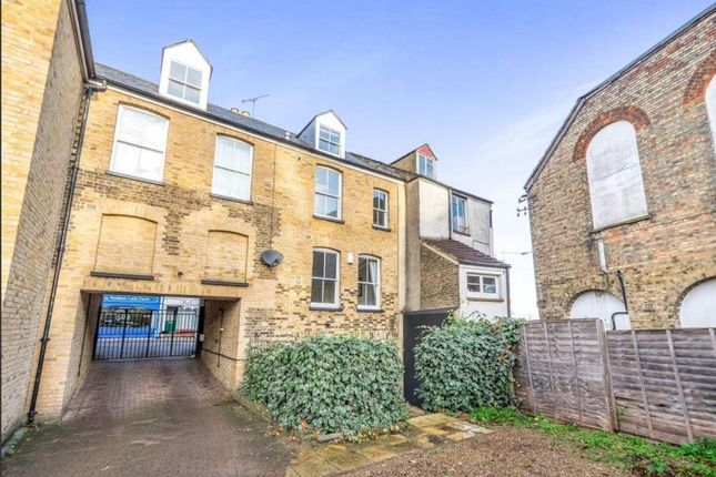 Thumbnail Property for sale in Victoria Street, Rochester