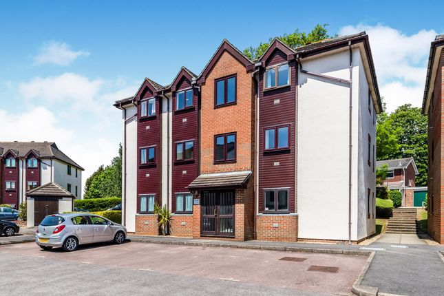 Thumbnail Flat to rent in Compass Point, Fareham