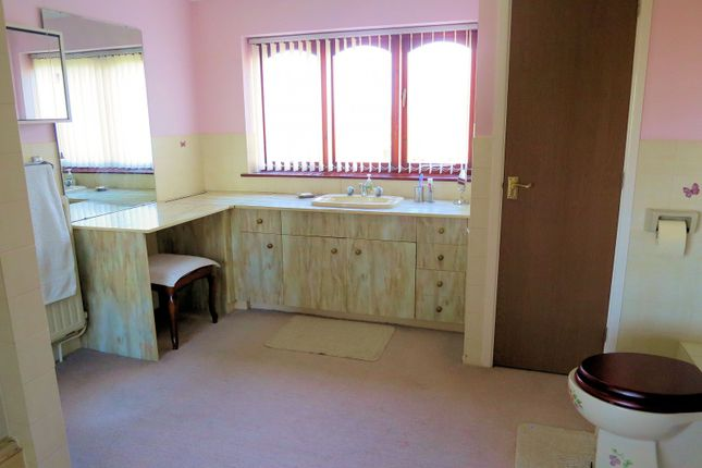En-Suite of The Street, Thurne NR29