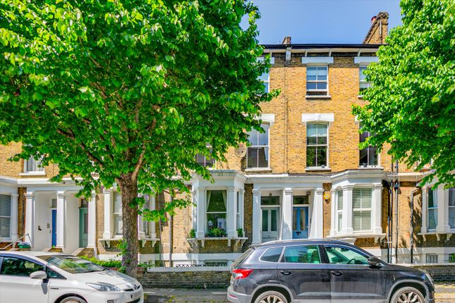 3 bed property for sale in Westwick Gardens, London W14.