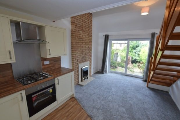 Thumbnail Town house to rent in Farndale Avenue, Walton