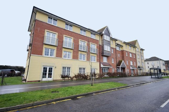 Thumbnail Flat for sale in Herschell Court, Basildon