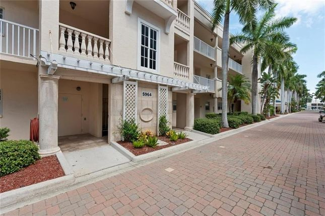 Town house for sale in 5964 Midnight Pass Rd #142, Sarasota, Florida, United States Of America