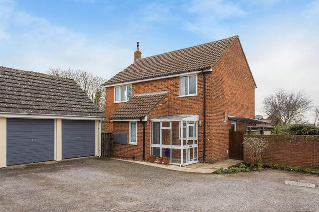 Thumbnail Detached house for sale in Highclere Gardens, Wantage