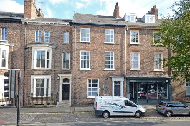 2 bed flat to rent in The Mount, York YO24