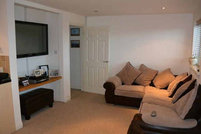 Thumbnail Flat to rent in East Hill, Tuckingmill, Camborne