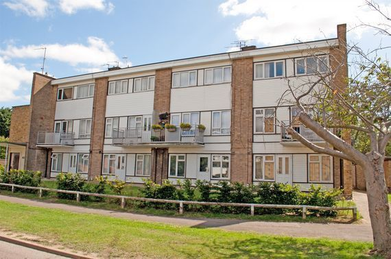 Thumbnail Maisonette to rent in Western Way, Letchworth Garden City