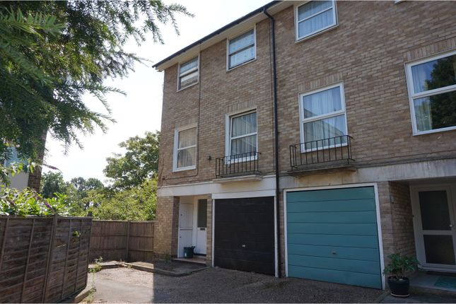 Thumbnail End terrace house for sale in Fairview Close, Woking