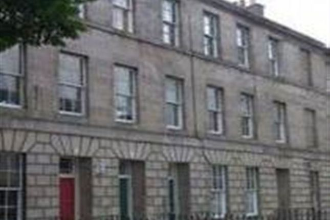 Thumbnail Flat to rent in Comely Green Place, Edinburgh