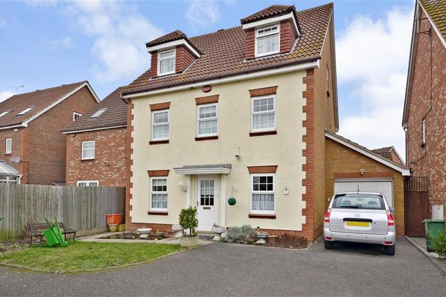Thumbnail Detached house for sale in Farne Drive, Wickford, Essex