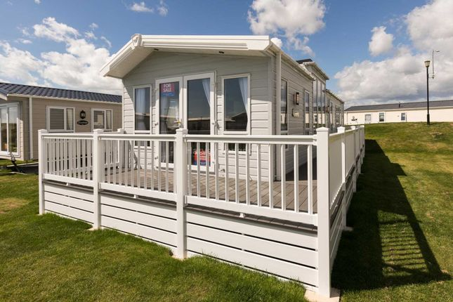 Thumbnail Mobile/park home for sale in Rye Harbour Road, Rye Harbour, Rye