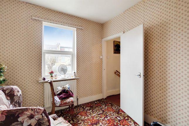 10_Bedroom 2-0 of Robson Road, London SE27