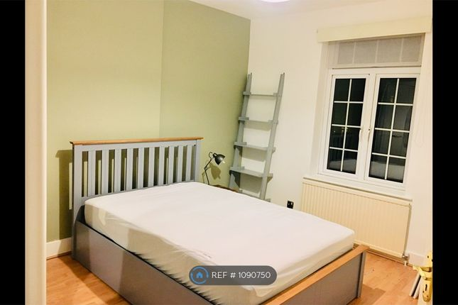 Thumbnail Terraced house to rent in Cumberland Road, London