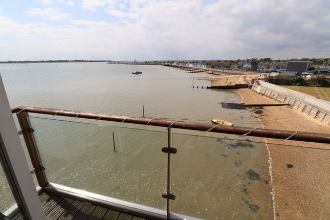1 bed flat to rent in Waterside Marina, Brightlingsea, Colchester CO7
