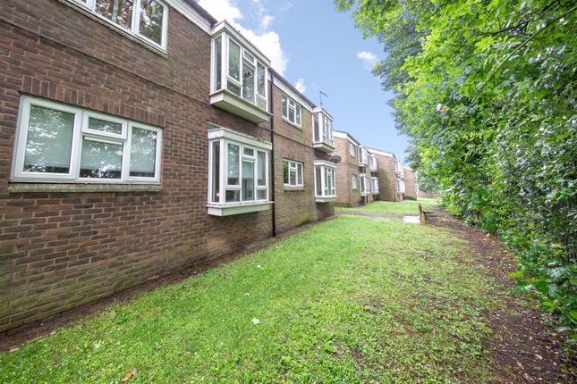 Communal Grounds of Haddon Road, Luton, Bedfordshire LU2