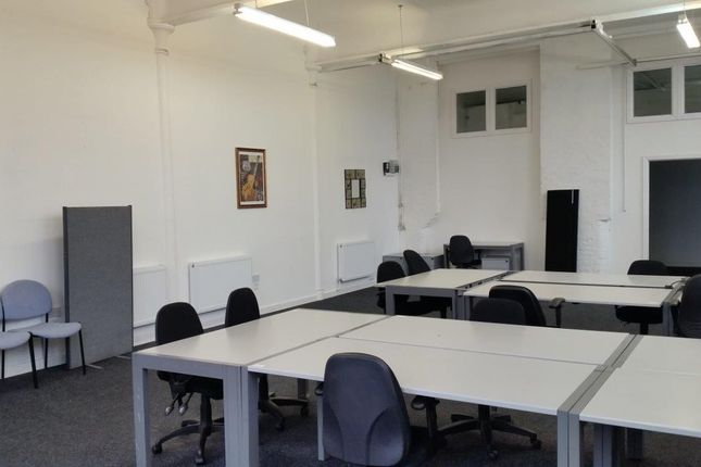 Large Office of Crown Street, Manchester, Failsworth M35