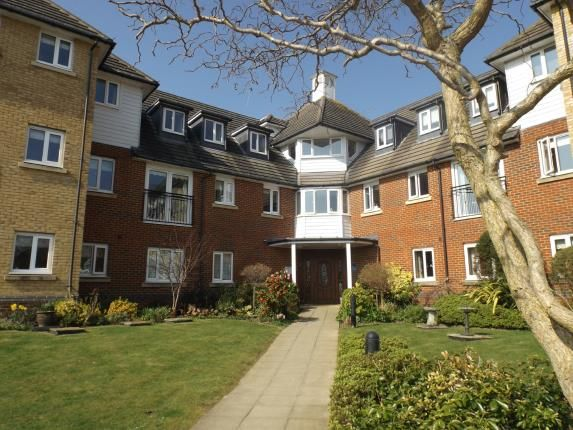 Thumbnail Property for sale in Windsor Court, Hoxton Close, Ashford, Kent