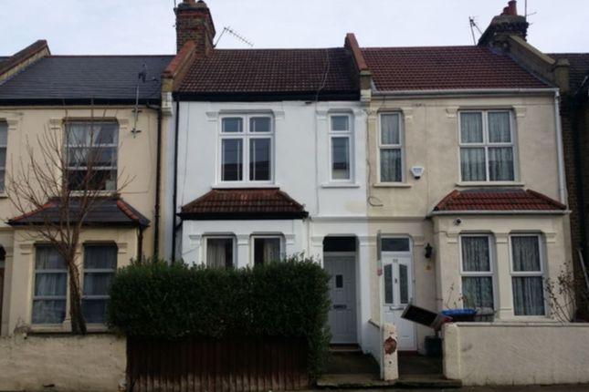 Thumbnail Flat to rent in Sandringham Road, Willesden