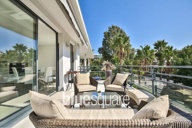 3 bed apartment for sale in Juan-Les-Pins, Alpes-Maritimes, 06160, France