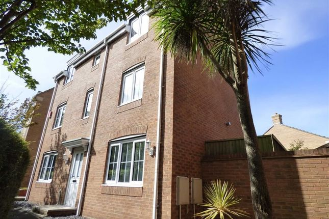 Thumbnail Town house for sale in Kempe Way, Weston-Super-Mare