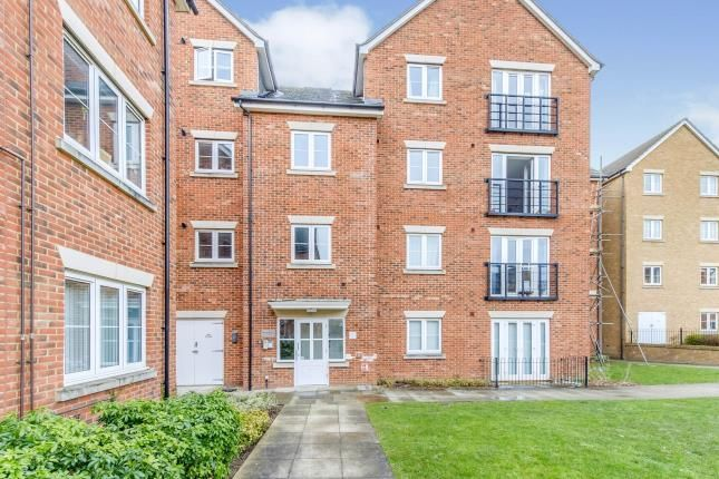 Thumbnail Flat for sale in Ravensbourne House Sealand Drive, Rochester, Kent, England