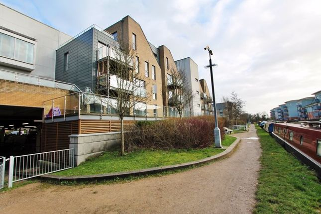 Thumbnail Flat to rent in Chantry Close, Yiewsley, West Drayton