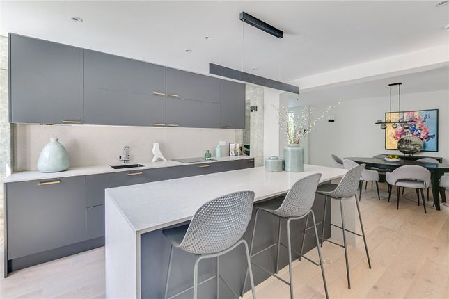 3 bed property for sale in Grosvenor Gardens Mews North, London SW1W