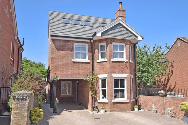Thumbnail Detached house for sale in Southampton Road, Fareham, Hampshire