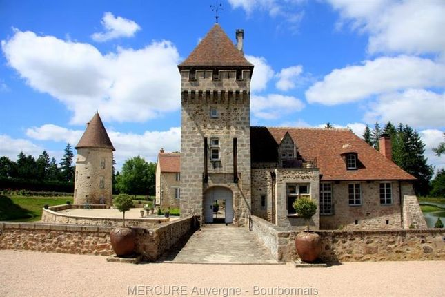 Thumbnail Property for sale in Montlucon, Auvergne, 03100, France