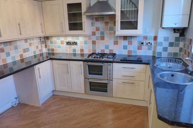 Thumbnail Terraced house to rent in Lees Street, Shaw, Oldham
