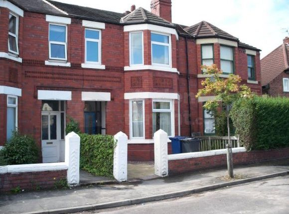 Thumbnail Shared accommodation to rent in Newry Park, Chester