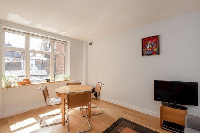 Thumbnail Flat for sale in Cliffords Inn, Fetter Lane, London