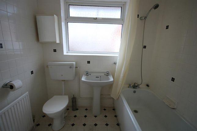 Bathroom of Quendon Way, Frinton-On-Sea CO13