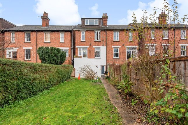5 bed semi-detached house to rent in Rupert Road, Guildford GU2