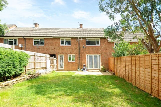 3 bed terraced house for sale in Banbury, Oxfordshire