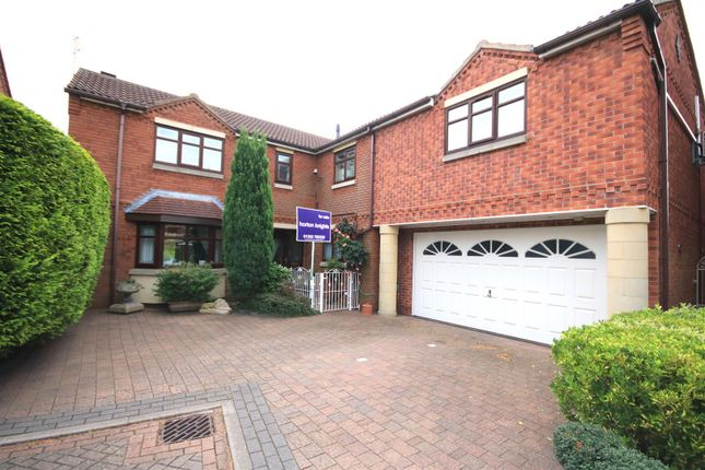 Thumbnail Detached house for sale in Eleanor Court, Edenthorpe, Doncaster