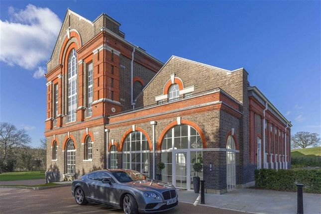 Thumbnail Flat for sale in Antlia Court, Hadley Road, Enfield, Middlesex