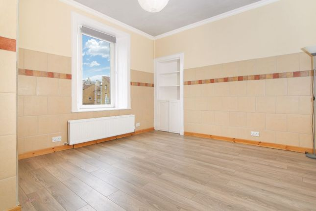 Thumbnail Flat for sale in West Nethertown Street, Dunfermline