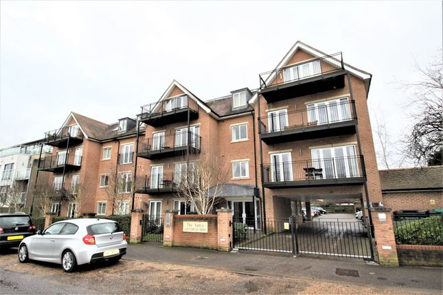 Thumbnail Flat for sale in 23 Forest View, London