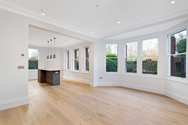 Thumbnail Property to rent in Prince Of Wales Drive, London