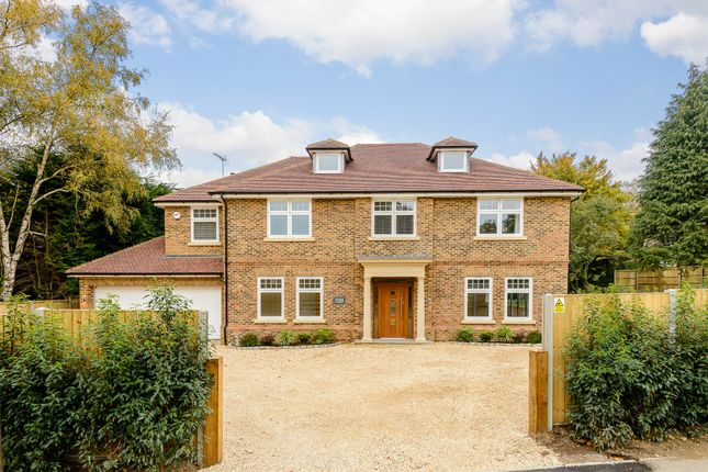 Thumbnail Detached house for sale in Stockton Avenue, Fleet, Hampshire