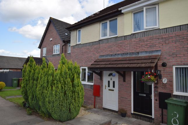 2 bed property to rent in Newfoundland Way, Blackwood NP12