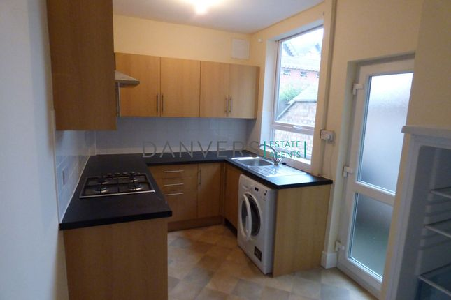 3 bed terraced house to rent in Grasmere Street, Leicester