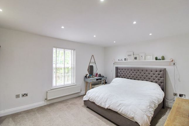 Main Bedroom of Abbeycroft Close, Astley, Manchester M29