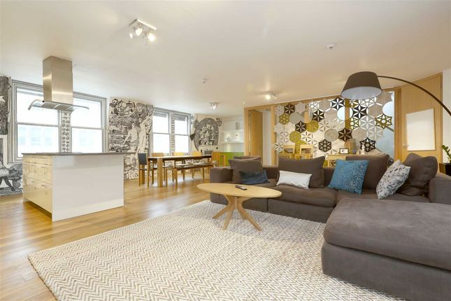 Thumbnail Flat for sale in High Holborn, London