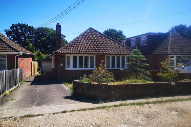 Thumbnail Detached bungalow for sale in Lower Northam Road, Hedge End, Southampton
