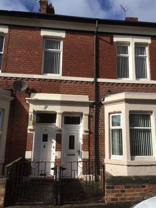 Thumbnail Flat to rent in Kielder Terrace, North Shields