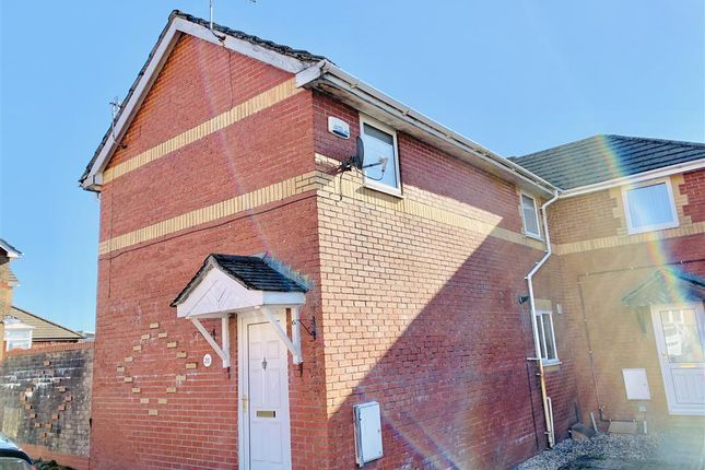 3 bed semi-detached house to rent in Ty Bryn, Tredegar NP22