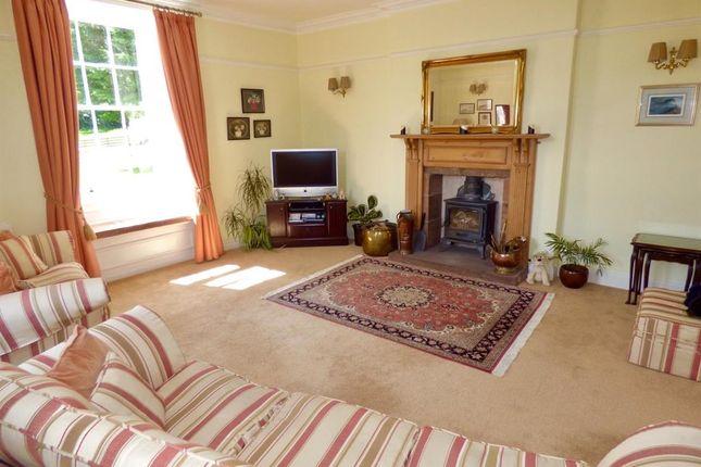 Living Room of Annan DG12